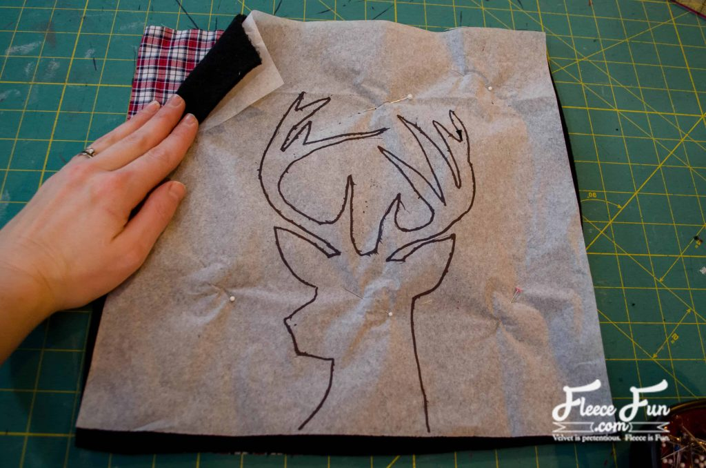 I love this Deer Head Pillow Tutorial. It's easy to follow and perfect for adding some style to a room,. Great DIY sewing project!